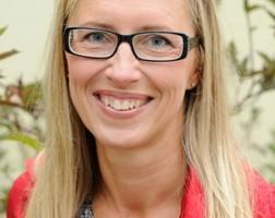 Katrin Falk